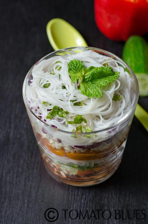 spring roll salad in a jar