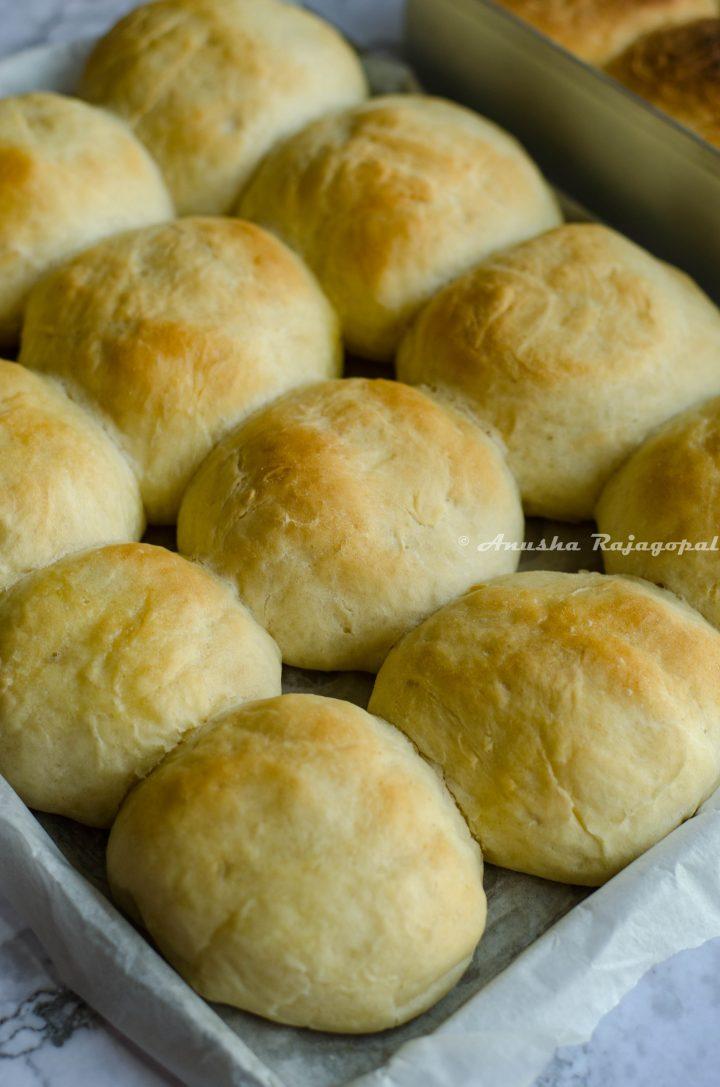vegan dinner rolls fresh from the oven